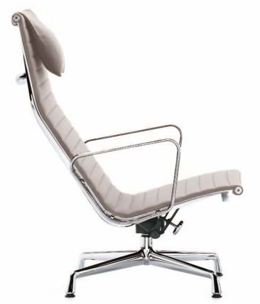 Picture of Charles Eames Aluminium Group Chair EA 124 (1958)