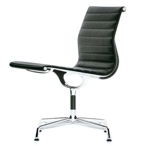 Picture of Charles Eames Aluminium Chair EA 105 (1958)